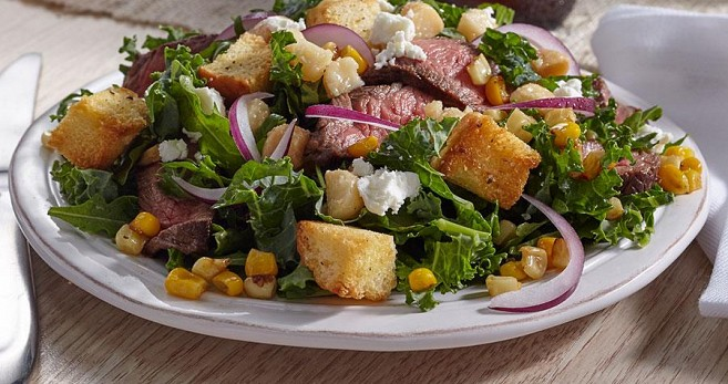 Aloha Steak Salad